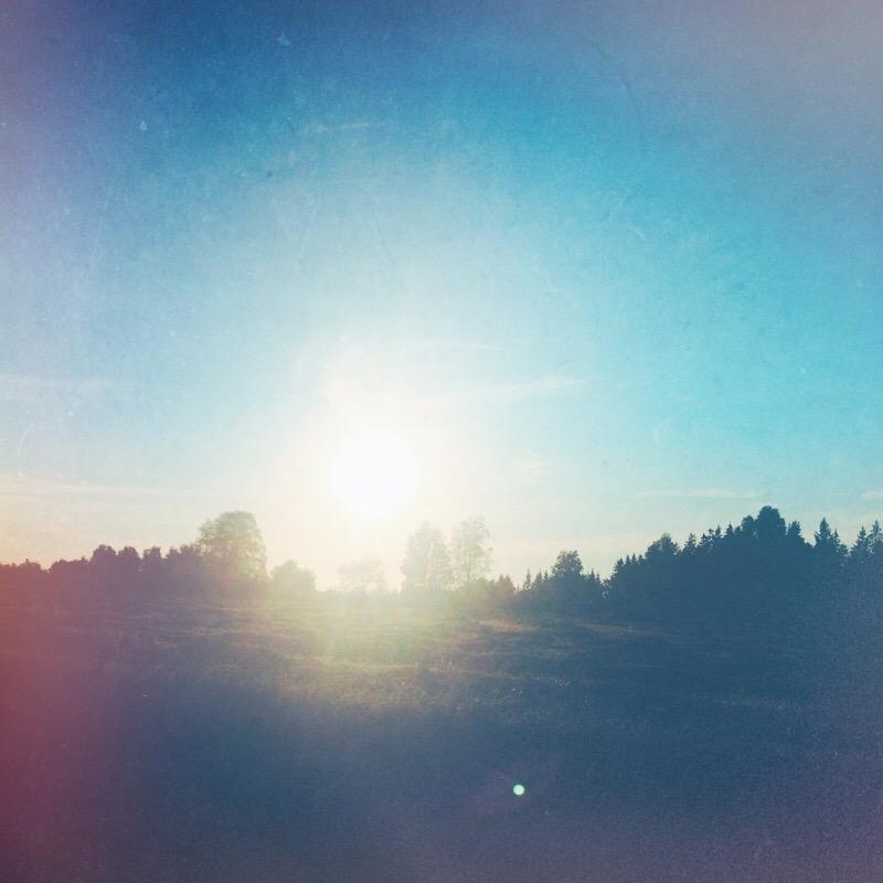 blue sky, blå himmel - gällstad, ulricehamn,fotograf
