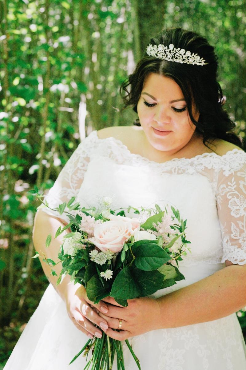 Bröllop-bröllopsfotograf-fotograf-ulricehamn-borås-brunn-sjuhärad-kyrkoruin-foto-bröllopsfotografering-bröllopsbilder